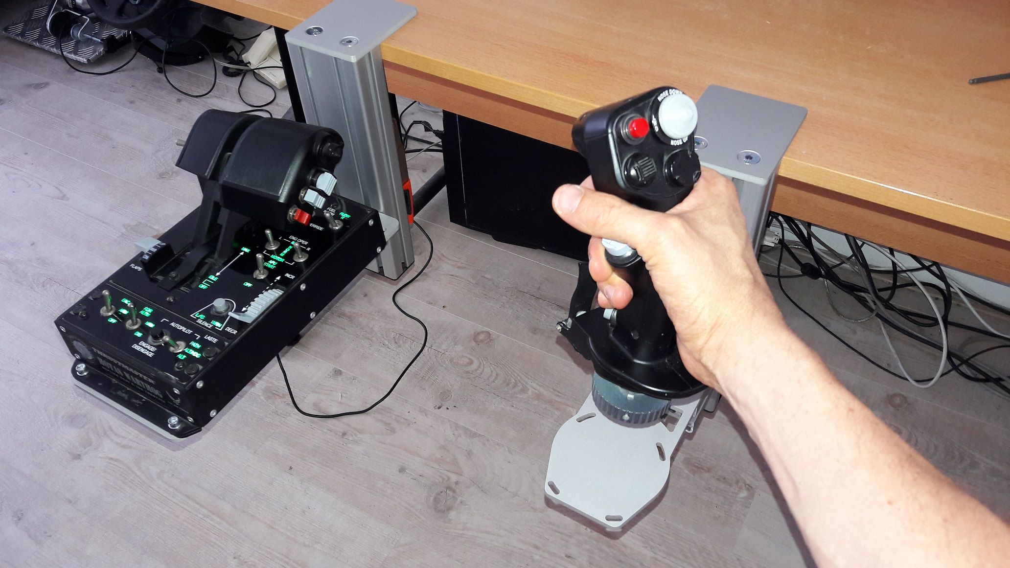 Aluminium Joystick/HOTAS table mounts - Monster Tech - Page